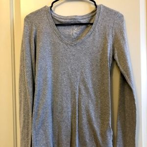 Gap gray fitted long sleeve tee